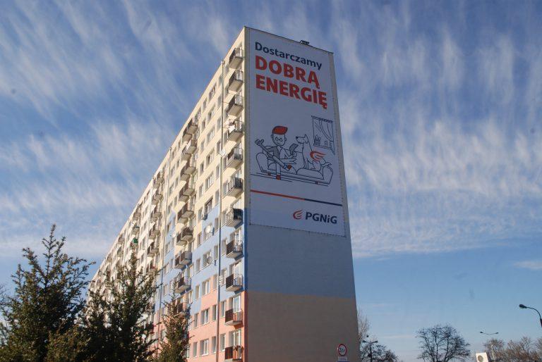 Reklama wielkoformatowa na budynkach Włocławek